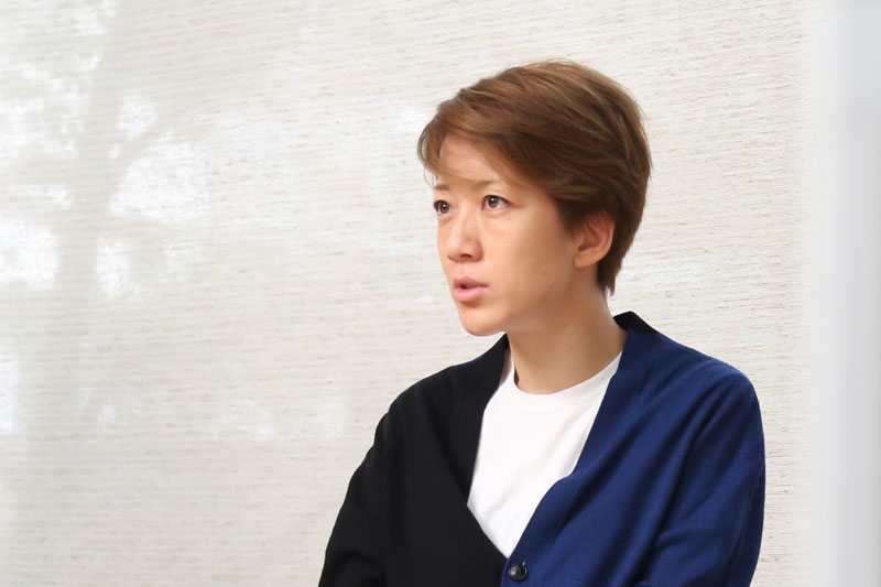 イースト エンタテインメント 社