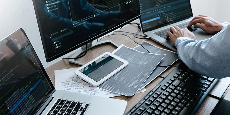 ゲーム開発エンジニア・サーバーサイドエンジニア・クライアントエンジニア 求人情報・転職支援【ゲーム業界転職エージェント】