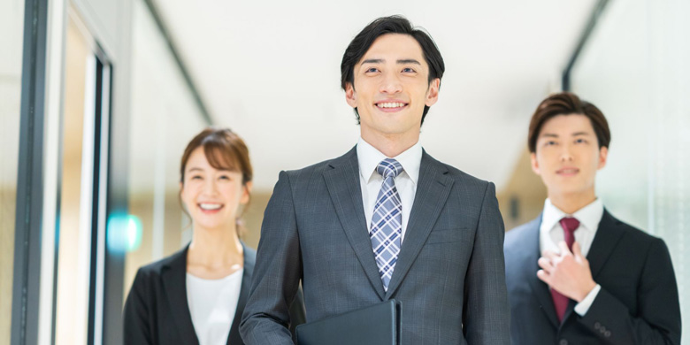 クリエイティブ業界におけるマネジメントとは?転職時のアピール方法も解説!